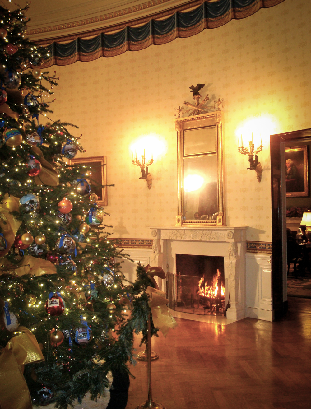 WH Blue Room Tree 1.jpg