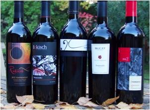 Lineup of Lodi Tempranillo for CCA's November 2014 Brandlive tasting (Photo Credit: PullThatCork.com)