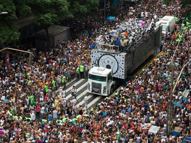 A very crowded Rio Carnival. Photo courtesy of A Cara do Rio.