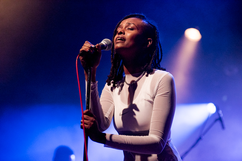 Kelela live with Kindness at The El Ray Theatre in a custom mesh dress