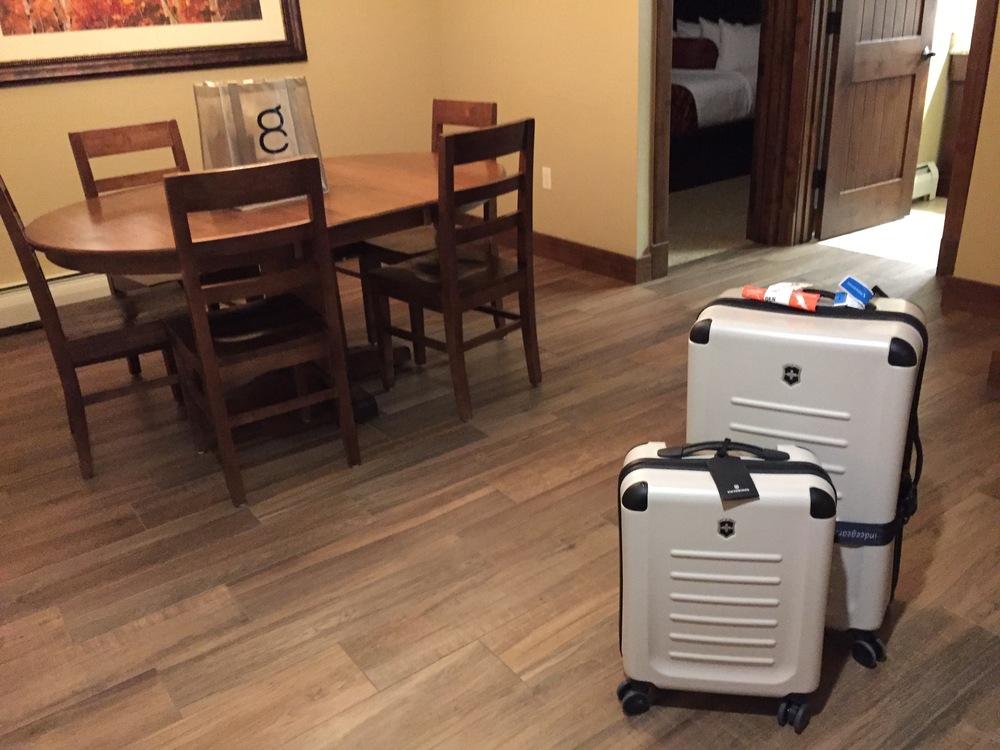 Victorinox Spectra Suitcase