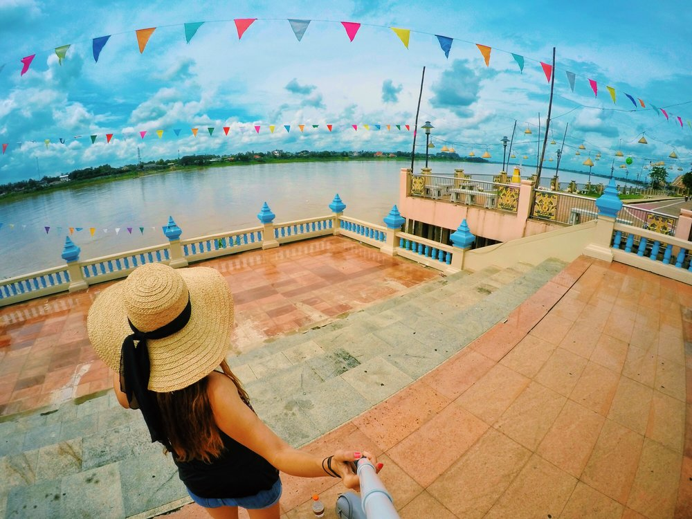 mekong river nong khai thailand laos