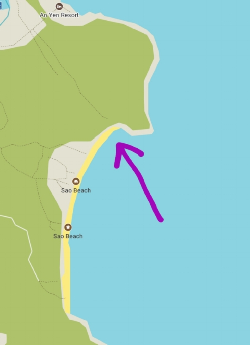 The arrow shows the best part of Sao beach, with no restaurants ands almost no tourists