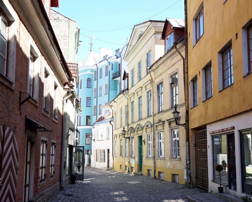 tallinn estonia streets