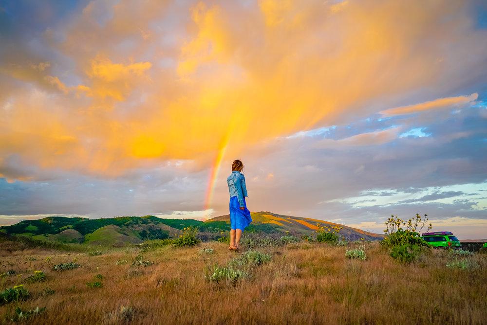 rowena crest sunset rainbow