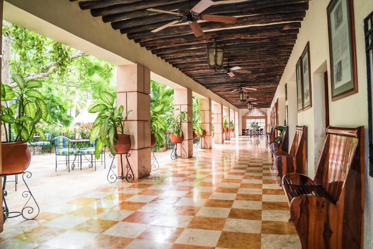 Chichén Itzá sunrise tour visit at sunrise. mayaland resorts. mayaland hotel