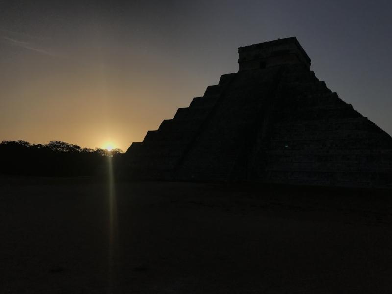 sunrise chichen itza