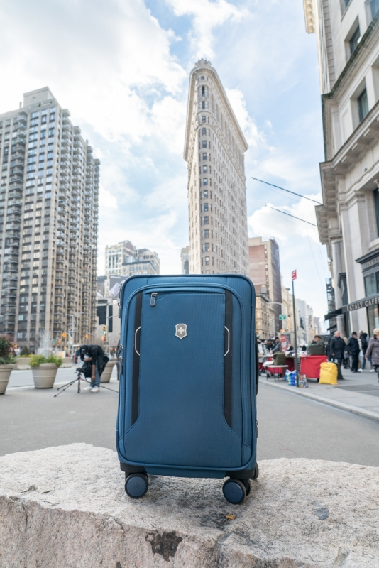 victorinox werks 6.0 holiday gifts for travel lovers for travelers christmas