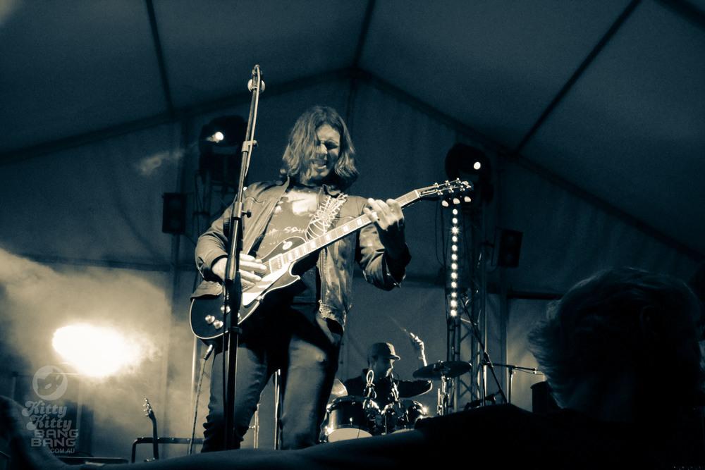 Phil-Barlow-The-Wolf-Mitchell-Creek-Fest-Web-9.jpg