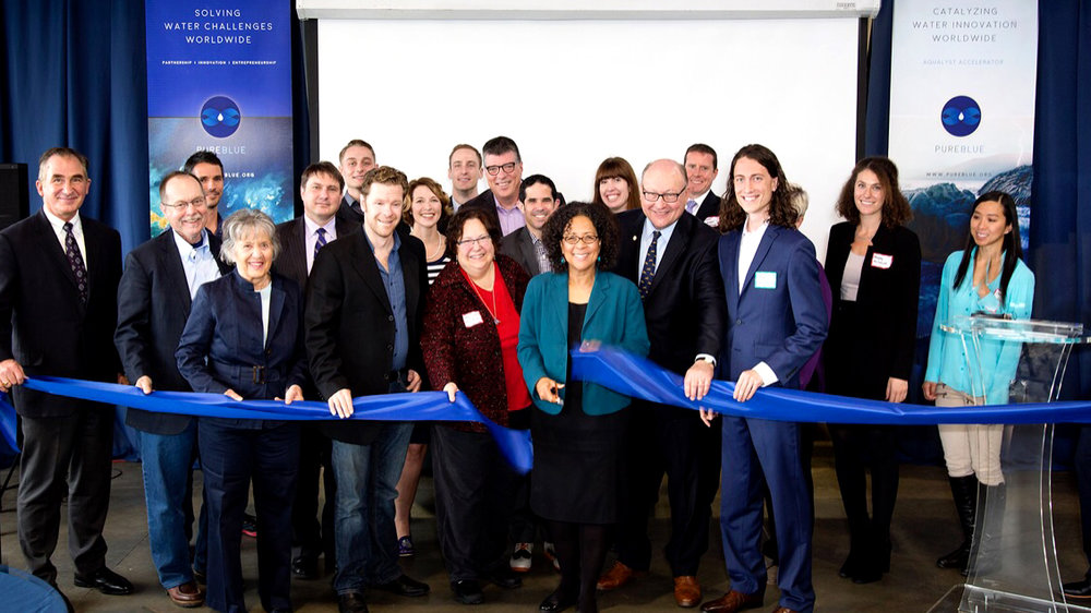 Aqualyst Accelerator ribbon cutting ceremony with Mayor of Tacoma, Marilyn Strickland