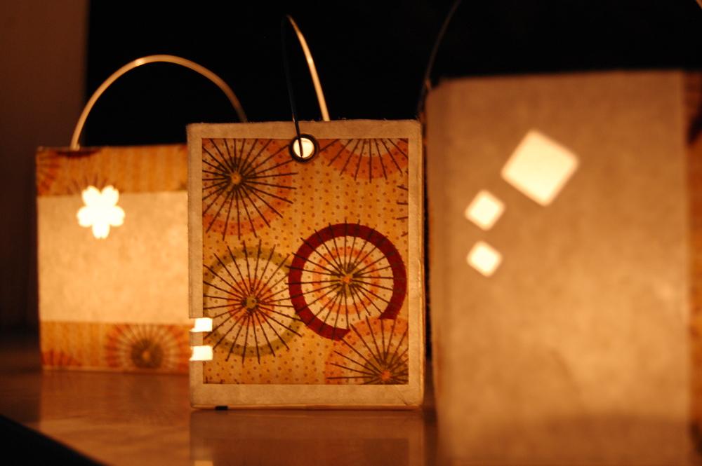 Lanternes en brique de lait et papier japonais