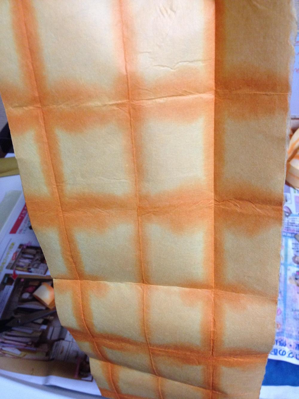3ème couche avec un washi itazome orange (en patchs aussi)