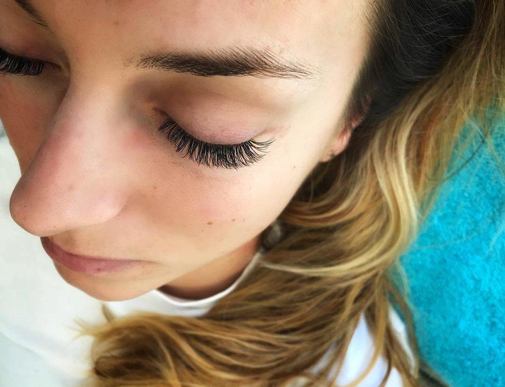 eyelash-extensions-ibiza
