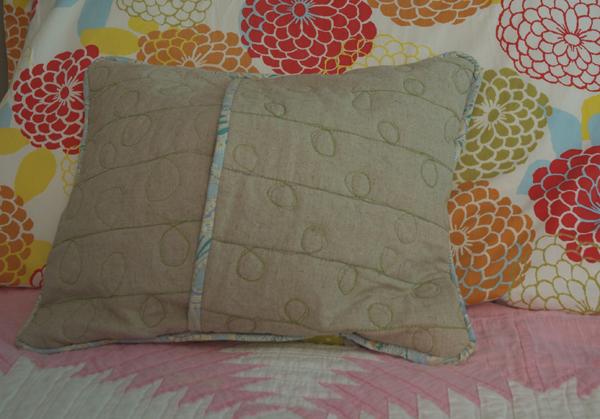 Lola Pillow10