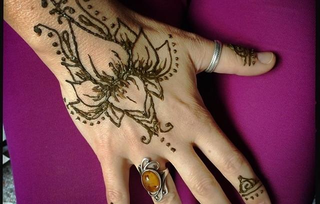 Mehndi Party Snacks : Henna and mandala coloring party u julie gammon healing arts