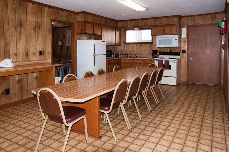 Southern Missouri lake house vacation rental_dining room