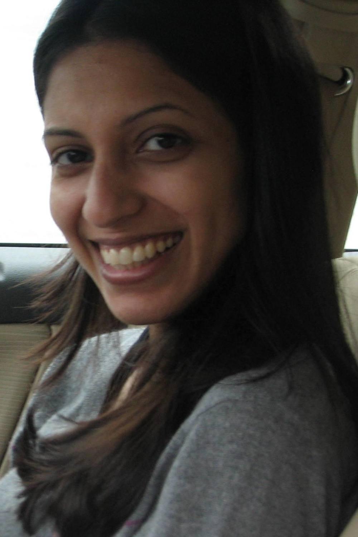 Sara Zaidi - profile picture.jpg