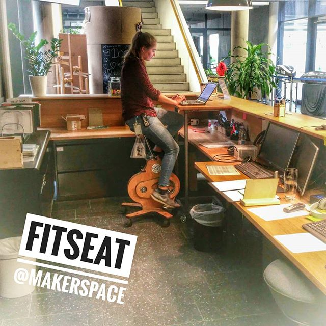 #FitSeat - helps to enjoy the afternoon more relaxed . . . . . .