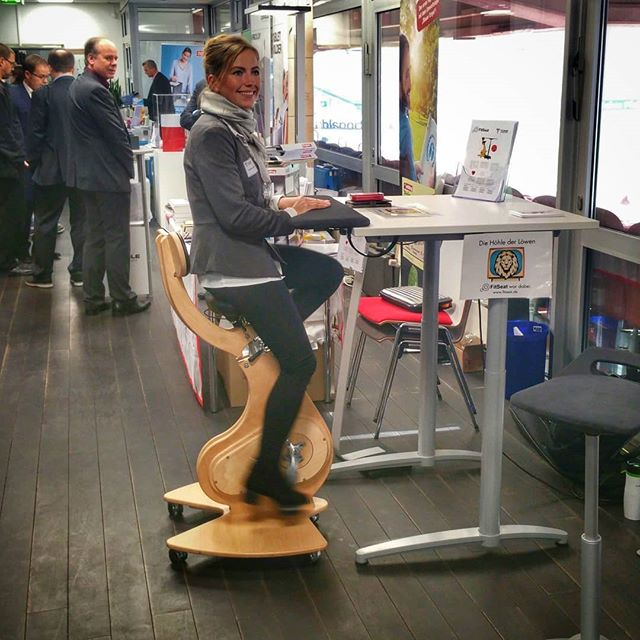 #FitSeat, die Bürorevolution rockt die @toens.office Hausmesse auf dem #betzenberg . . . . .