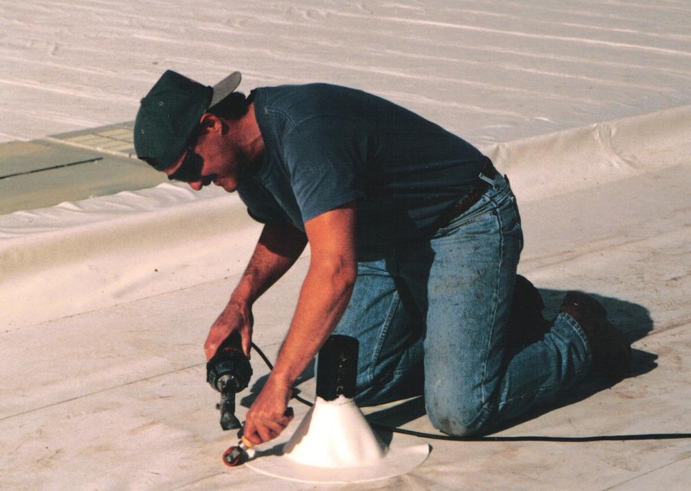 whacko jacko welding white.jpg