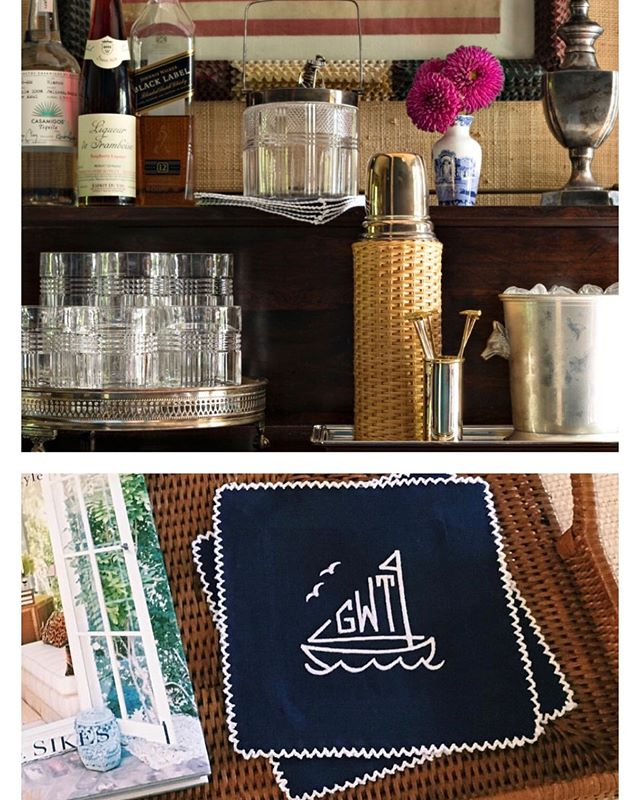 Our Sailboat monogrammed Ric-Rac cocktail napkins enhance the nautical bar of a Sag Harbor home as featured in @traditionalhome ! ⚓️ Visit our Stories for more cocktail napkin inspiration! #themonogrammedhome #monogrammed #traditionalhome #nauticaldecor #beachhouse