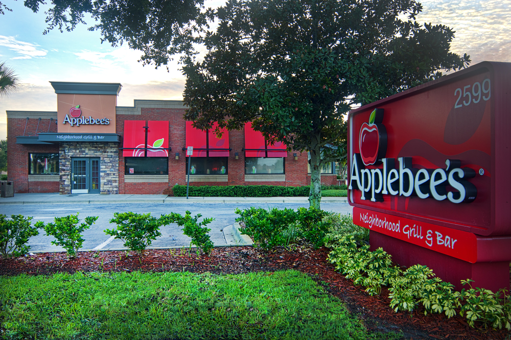 APPLEBEE'S  EXTERIOR SIGNAGE, TOWERS & AWNINGS