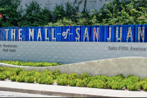 MALLS & SHOPPING CENTERS