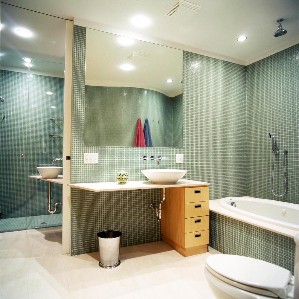 Bath-01x.jpg