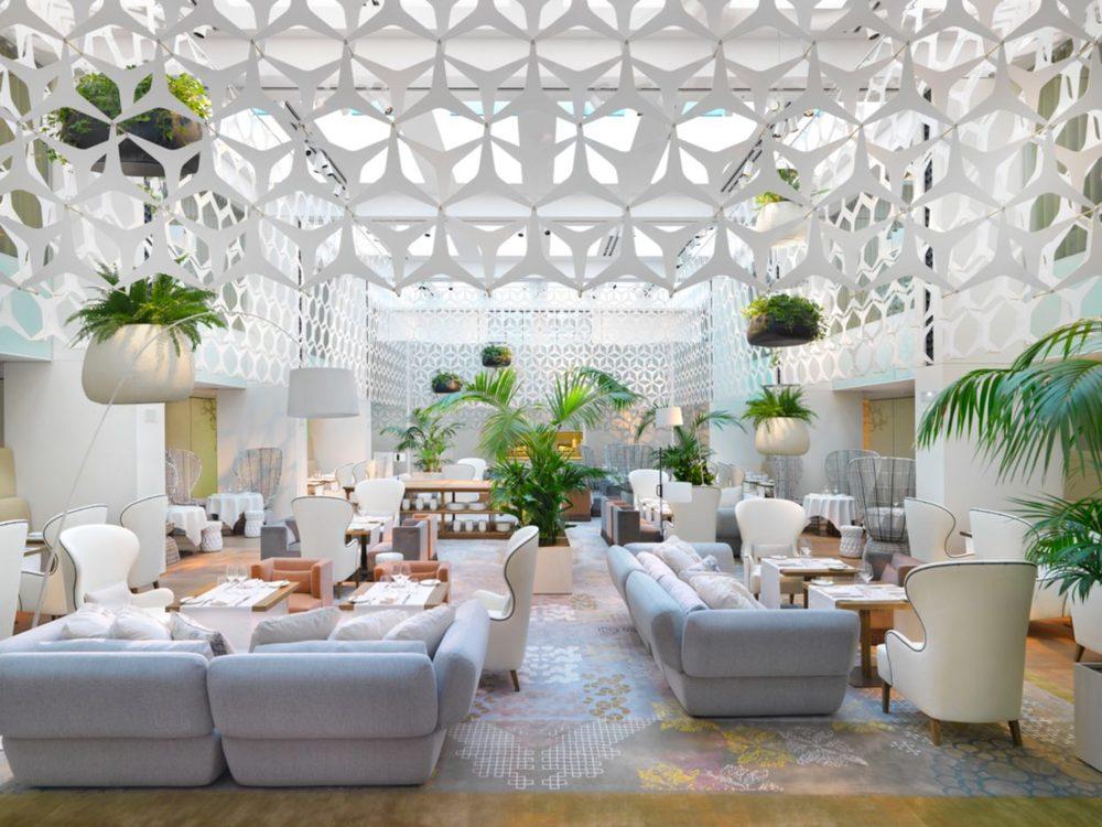barcelona-restaurant-blanc-1.jpeg