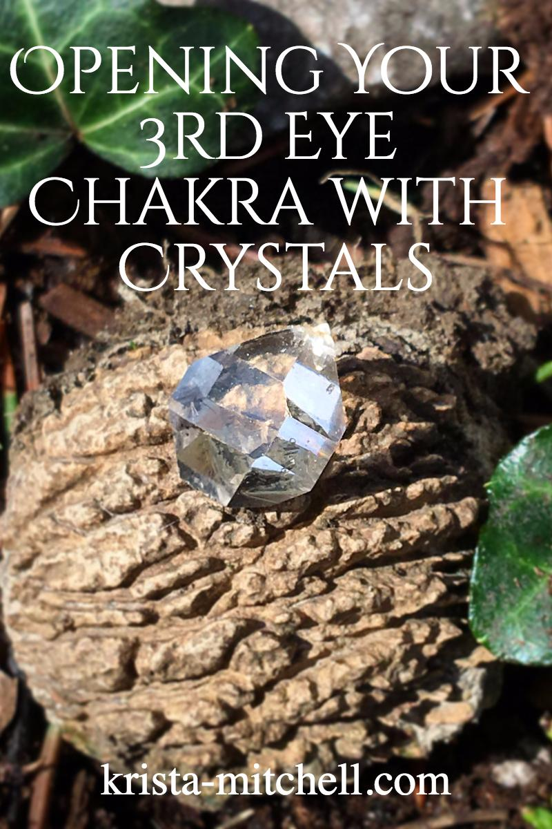 Opening Your Third Eye Chakra with Crystals / krista-mitchell.com