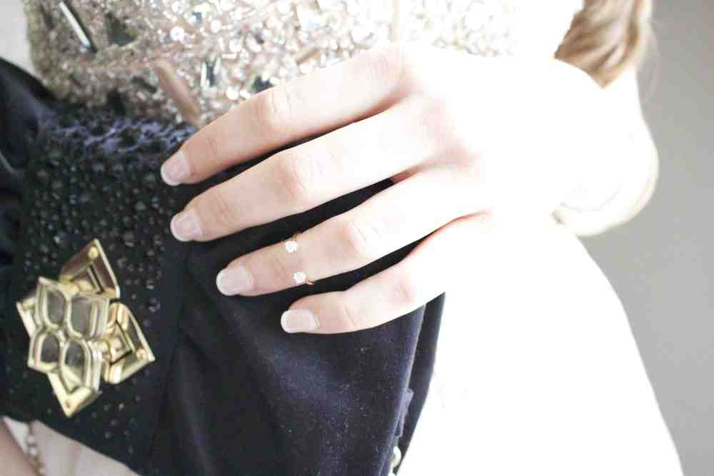 Lokus-bague-de-phalange-knucle-ring-or-gold-sacoche-purse.jpeg