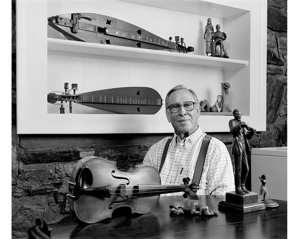 Wade Martin Appalachian wood carving duclimer Swannanoa NC Tim Barnwell photographer