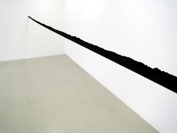 Untitled (range)  2007 Pigment, tape, wire 720 x 5 x 3cm
