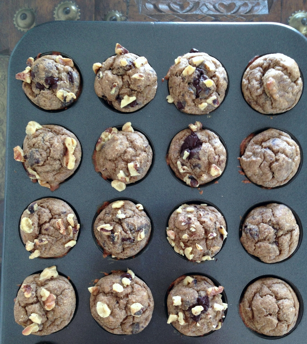 Muffin complete. These dudes have dark chocolate and walnuts. Nom to the maximum.