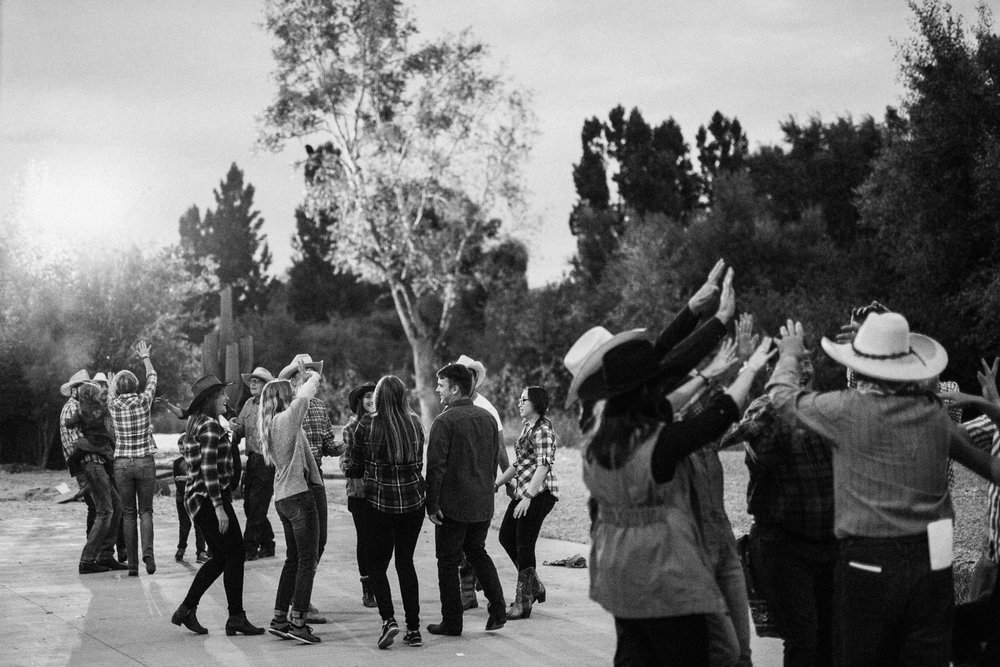candid-shot-of-line-dancing-at-family-gathering-heber-utah