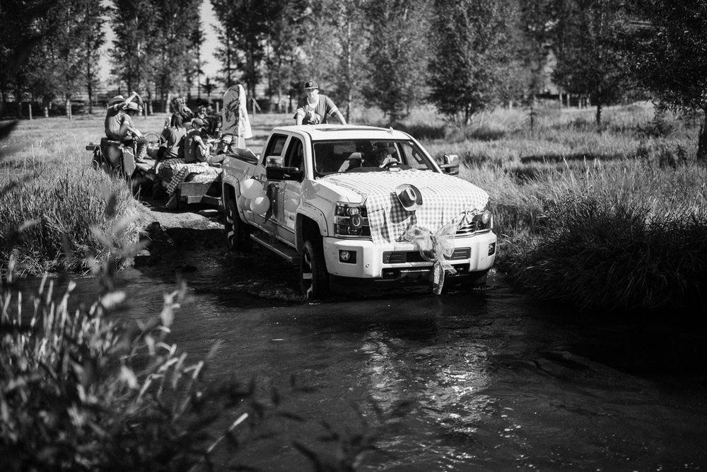blue-team-fording-river-parading-to-rodeo-at-legacy-days-2016-heber-utah