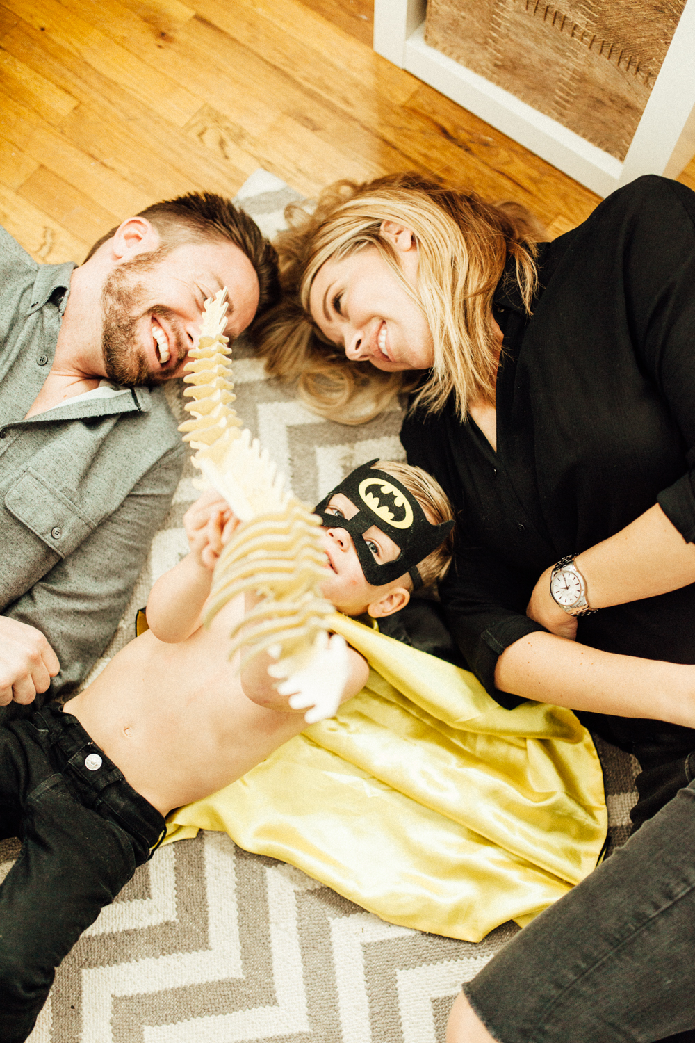 family-on-the-floor-at-home-salt-lake-city-utah-photographer