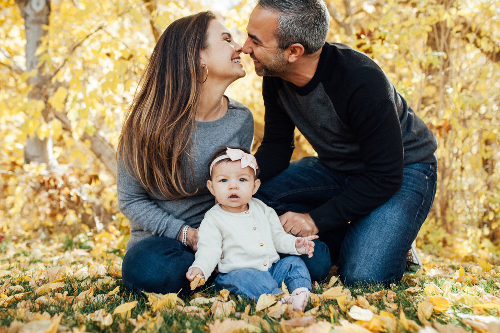 family-photo-in-fall-leaves-during-free-mini-session-with-jen-farichild-photography-slc-utah