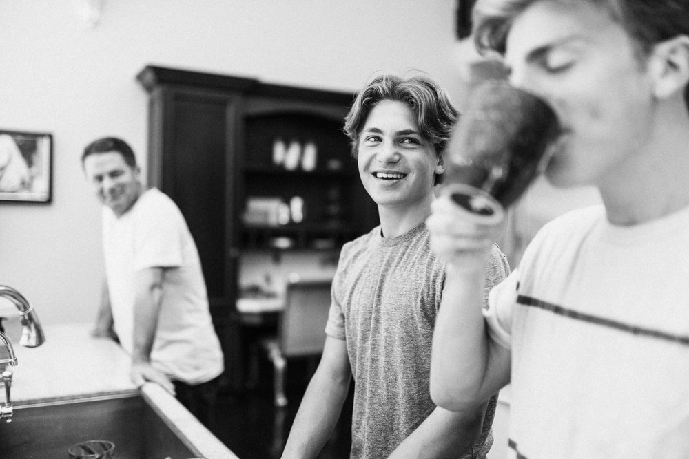 black-and-white-portrait-of-boys-in-kitchen-slc-utah