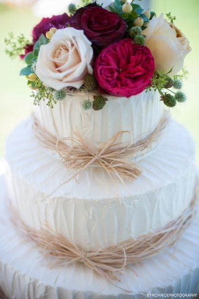 cake top flowers garden roses sophisticated floral designs portland oregon wedding florist