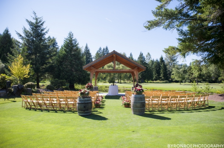 wedding ceremony set up flowers decor aisle sophisticated floral portland oregon resort at the mountain