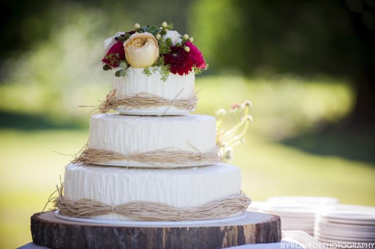 wedding cake flowers sophisticated floral portland oregon wedding florist