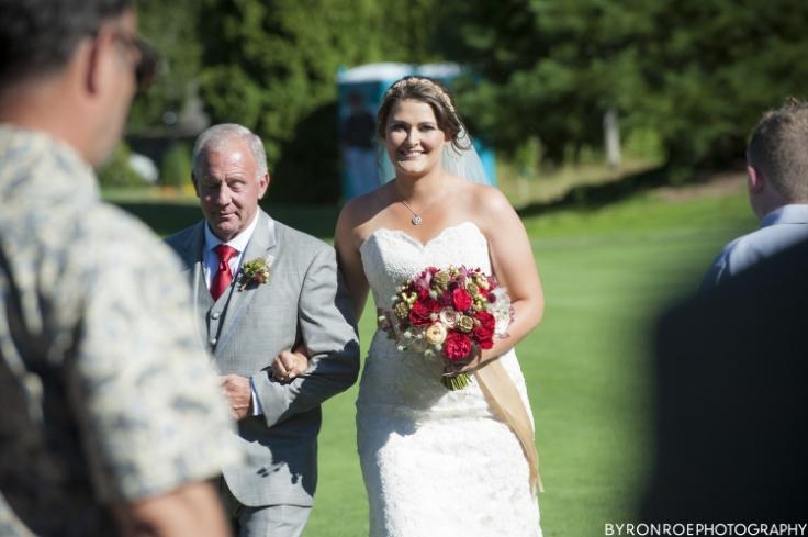 bride and bouquet sophisticated floral designs portland oregon wedding florist