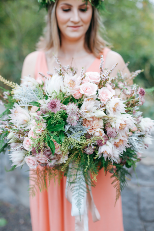 spotted stills photography sophisticated floral designs portland wedding florist bridal bouquet