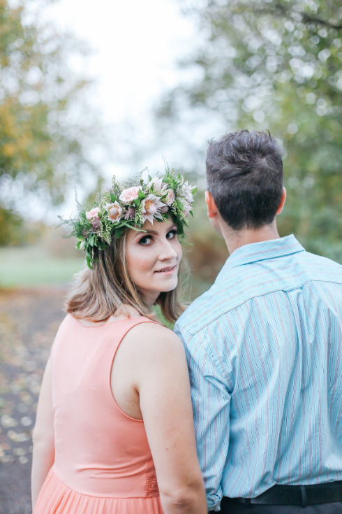 spotted stills photography sophisticated floral designs portland oregon wedding florist flower crown