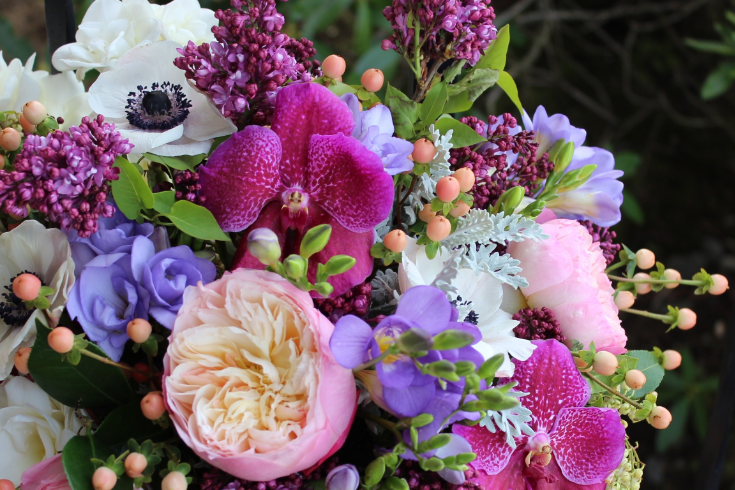 jewel tone berry tone spring garden style bouquet sophisitcated floral