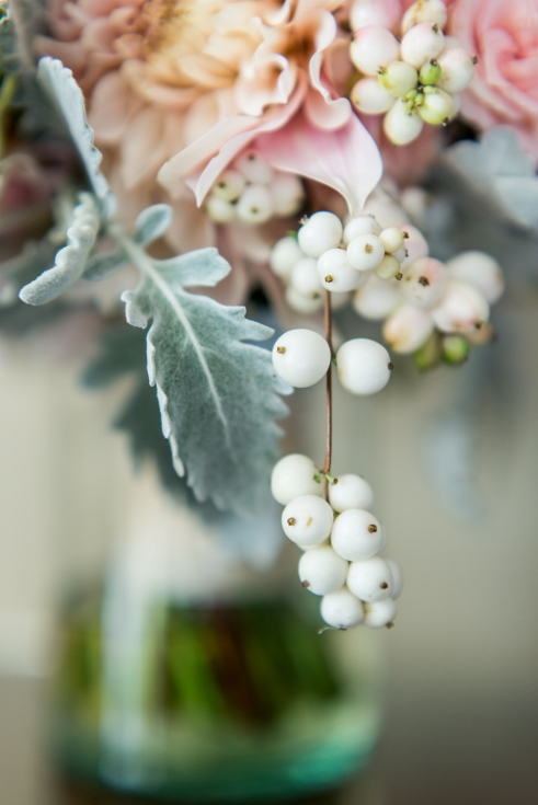 detail shot bridal bouquet snow berry sophisitcated floral designs