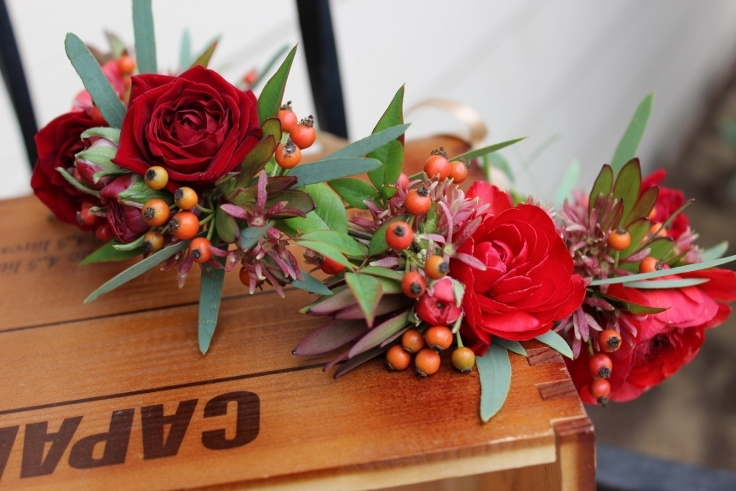 sophisticated floral designs portland oregon florist flower crown red fall flowers