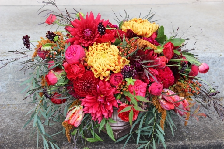 fall centerpiece sophisticated floral designs portland oregon wedding florist fall centerpiece red orange berries roses dahlia