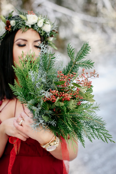 sophisticated floral winter wedding christmas bouquet